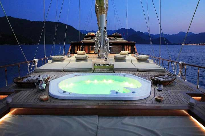 Private Gulet Yacht Honeymoons