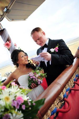 civil wedding on a hot air balloon in cappadocia